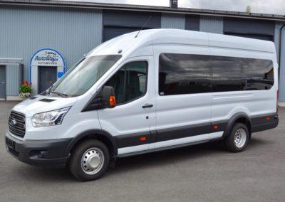 Ford Transit L4H3 lämpölasit musta_musta